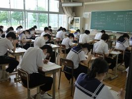 期末テスト1日目のようす